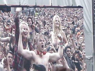 Amateur Public Breast Flash Stage Concert