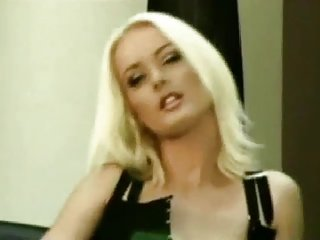 Hot Soloerotica Music Style