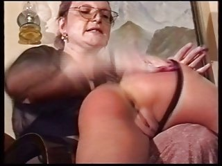 mother spanking not her daughter