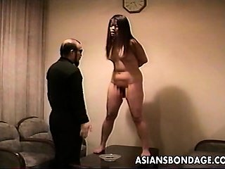 Guy trains his sexy curvy slavegirl
