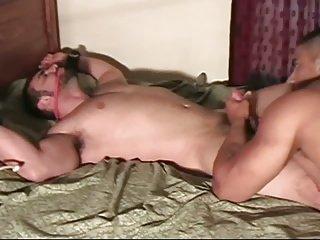 Beefy Jaxton Ruft gestoßen -Off