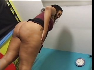 Plump ebony ho fuck good