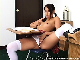 Randy schoolgirl slips some pencils and fingers in her