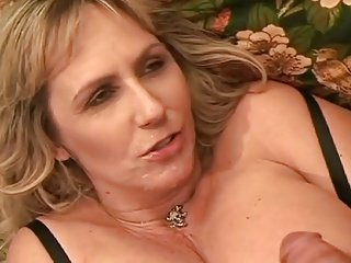 Hot lady 1645