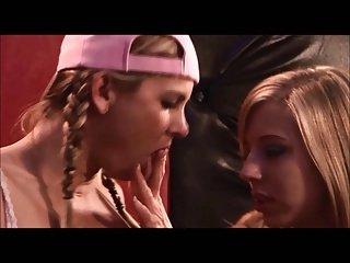 Lesbian Bukkake 3