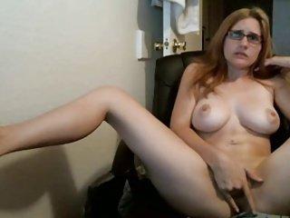 Girlfriend gets Orgasm on Cam