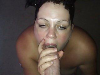 Hot lady sucking fat dick