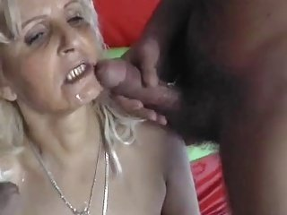 BLONDE HUNGARIAN GRANNY Fuck BY 2 MEN - DP