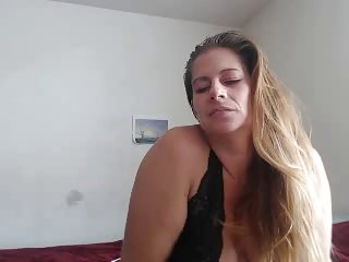 sexy curvy hot lady webcam teaser