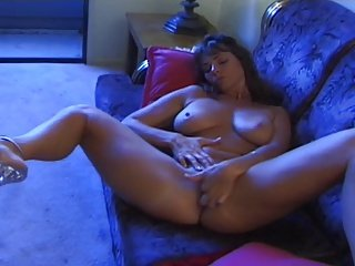 Sexy mature Hot lady fingered, licked and fuck