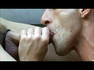 some cumshots and dicks that get me hard