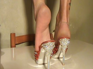 Füße in Schuhen sexy Mules