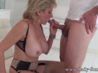 Lady Sonia abused by masked guy gets blow job