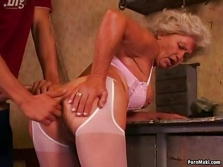 Hot grandma Effie loves anal