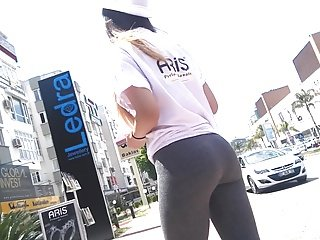 turkish bitch cameltoe ass