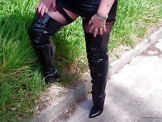 Mature BBW Linda in Black Leather Mini and Boots