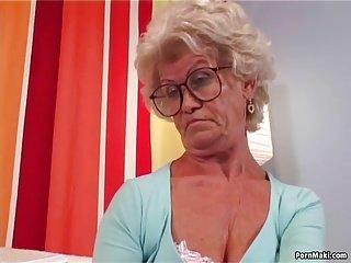 Granny Effie gets fuck