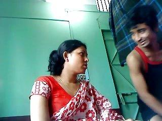 Indian boy fuck a hot lady