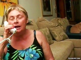 Granny Blow job and Facial