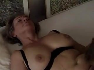 Mature is well fuck by young dick