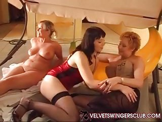 Velvet Swingers Club Party jizz collecting finish Wives eat