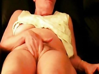 Granny ANITA masturbation selfie for her neighbor