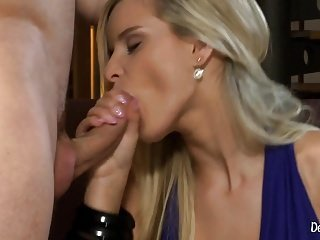 Rough Anal Pounding For Amazing Blonde Babe Marry Queen