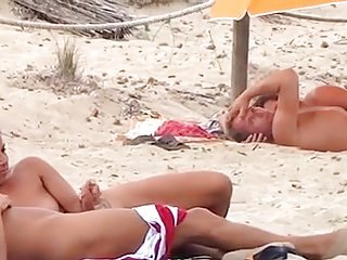 Couple-Nudist-Beach