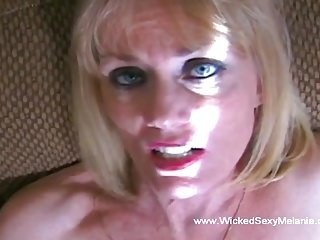 Blow job From The Best GILF Around