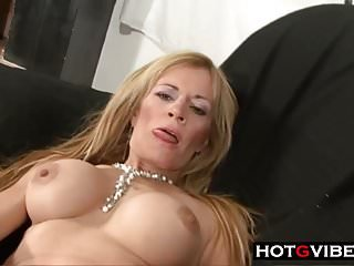 Mature Blonde Latina Gets Fuck