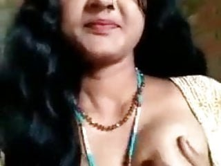desi longhair bhabi showing privete parts