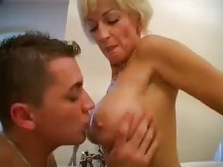 Mature hot lady loves young dicks