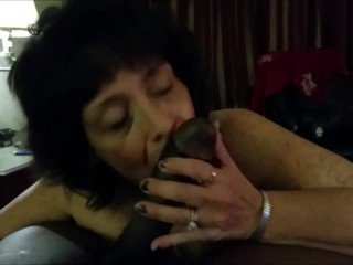 Amateur granny devouring a big black shaft