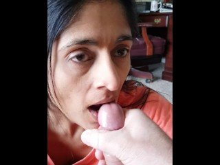 indian wife sucking dick and cumshot