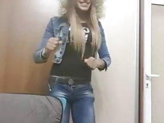 Vanessa dancing 2