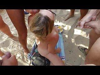 Am erektion nackt strand mit Geschichte: Nackt